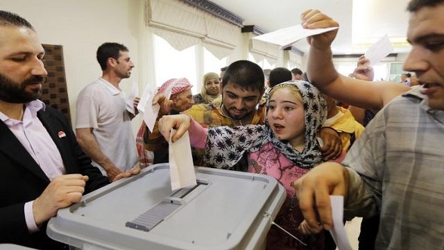 المراقبون الروس يؤكدون عدم وجود خروقات في عملية التحضير للانتخابات الرئاسية السورية