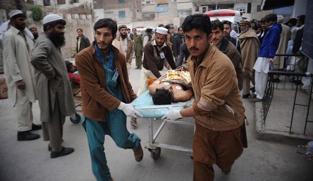 مقتل 7 باكستانيين في انفجار قرب الحدود الأفغانية