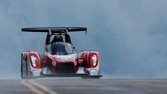 ميتسوبيشي تطلق سيارة رياضية كهربائية جديدة