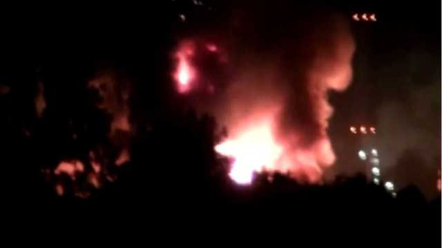 بالفيديو.. حريق مصنع كيميائي في هولندا