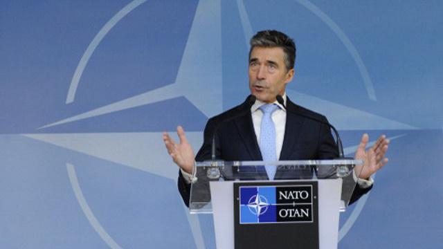 راسموسن يؤكد إنهاء مهمة الناتو القتالية في أفغانستان قبل نهاية العام