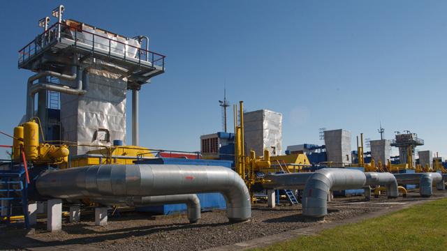 أوكرانيا تعتزم استيراد نحو 27 مليار متر مكعب من الغاز في 2014