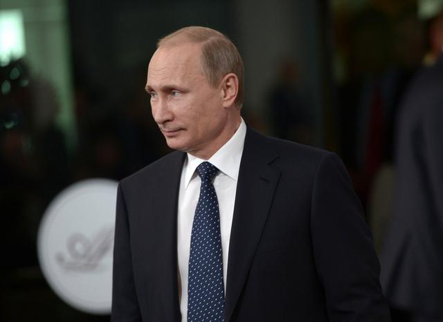 بوتين إلى فرنسا بعد دراسة استصلاح المنطقة القطبية