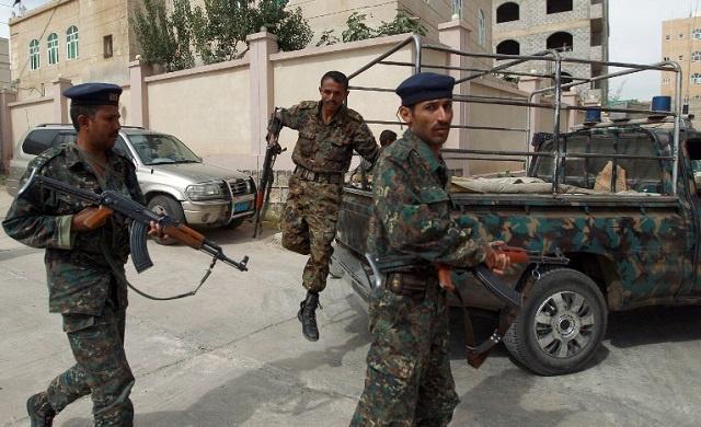 اليمن.. مقتل 15 شخصا في هجوم للقاعدة والجيش يعلن تصفية 500 مسلح منذ أبريل