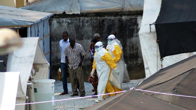 ضحايا حمى إيبولا في ازدياد