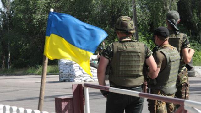 القوات الأوكرانية تواصل قصف ضواحي سلافيانسك بشرق أوكرانيا لليوم الثالث على التوالي