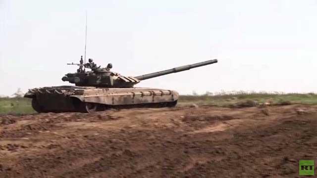 بالفيديو.. مهارات طواقم دبابات
