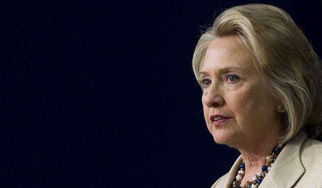 كلينتون دعت إلى تسليح المعارضة السورية وأوباما رفض