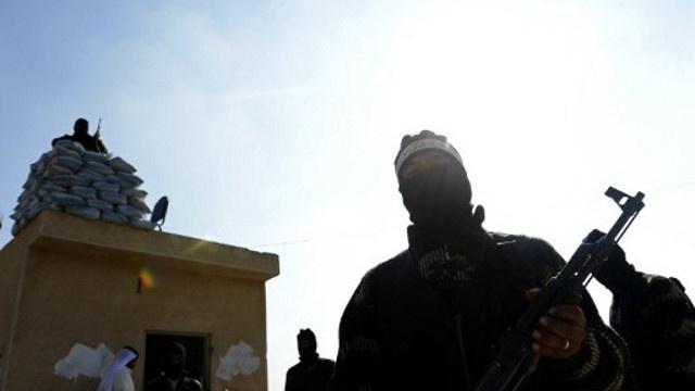 النيابة العامة الفرنسية تفتح تحقيقا مع 200 مشتبه بتورطهم في القتال بسورية