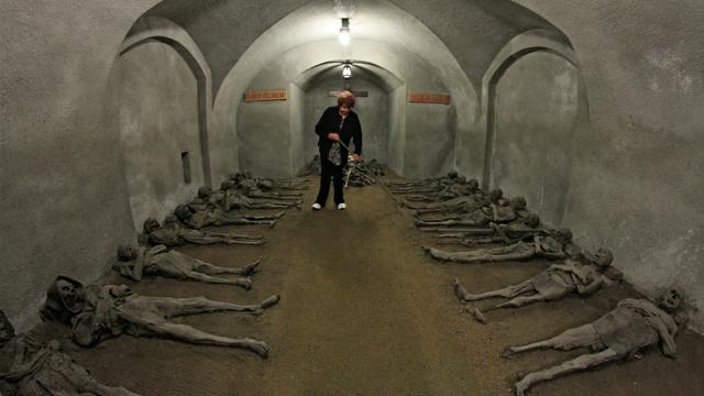العثور على مومياوات قديمة في دير بجمهورية التشيك