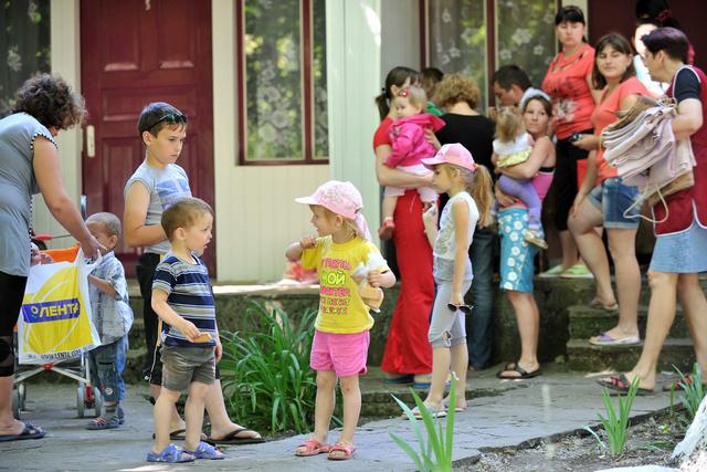 وصول أكثر من 12 ألف لاجئ أوكراني الى مقاطعة روستوف الروسية