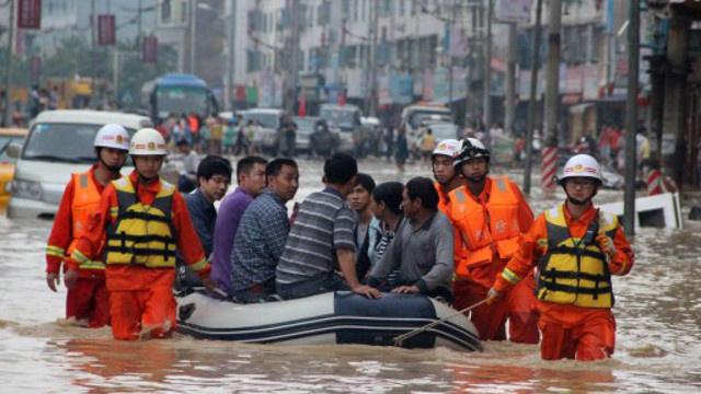 مقتل 27 شخصا نتيجة غزارة الأمطار في جنوب الصين