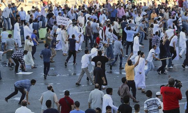 ليبيا.. مناوشات في طرابلس بين مظاهرة داعمة وأخرى مناهضة لحفتر (فيديو)
