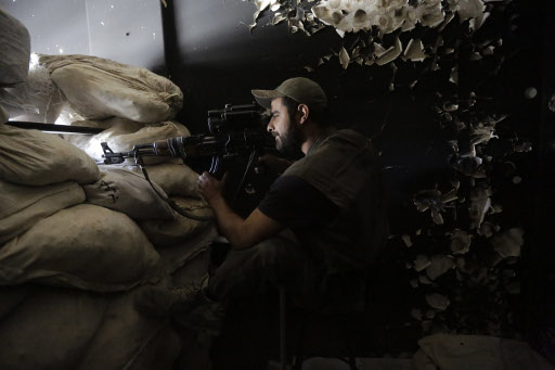 مراسلنا: مقتل قائد عمليات