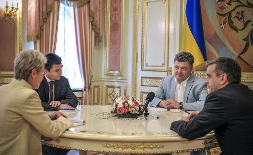 الرئيس الأوكراني: يجب وقف اطلاق النار شرق البلاد خلال اسبوع