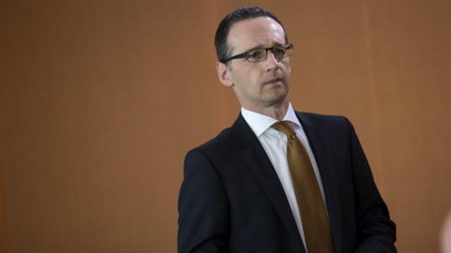 الحكومة الألمانية تؤكد استعدادها للتعاون مع سنودن لكنها تشكك في ضرورة استقباله في ألمانيا