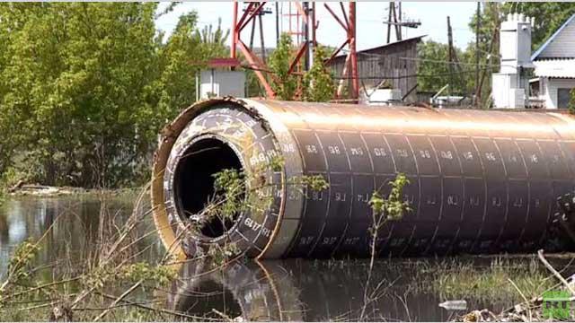 روسيا..العثور على صاروخ غامض بعد الفيضان (فيديو)