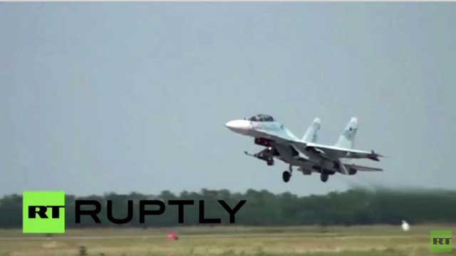 روسيا.. مقاتلات Su-27SM3 تُحلّق في أجواء كراسنودار (فيديو)
