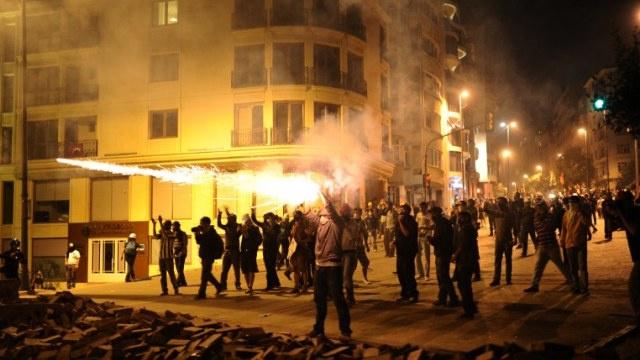 بدء محاكمة 26 مشاركا في احتجاجات العام الماضي ضد حكومة تركيا