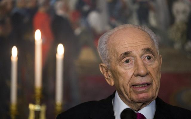 شمعون بيريز يؤيد حكومة التوافق الوطني الفلسطينية