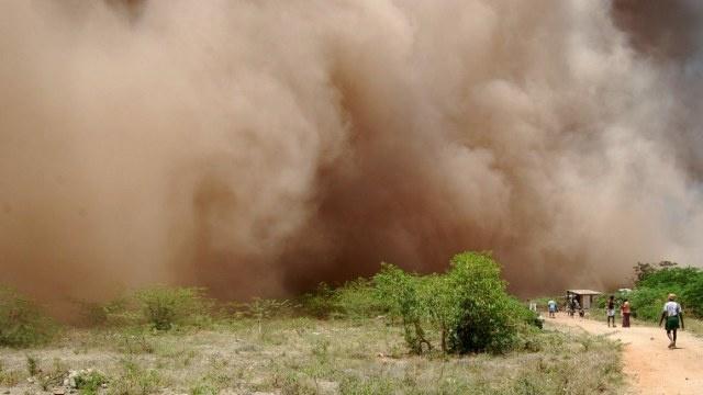 مقتل 6 أشخاص وإصابة أكثر من 30 بانفجار في مصنع صلب وسط الهند