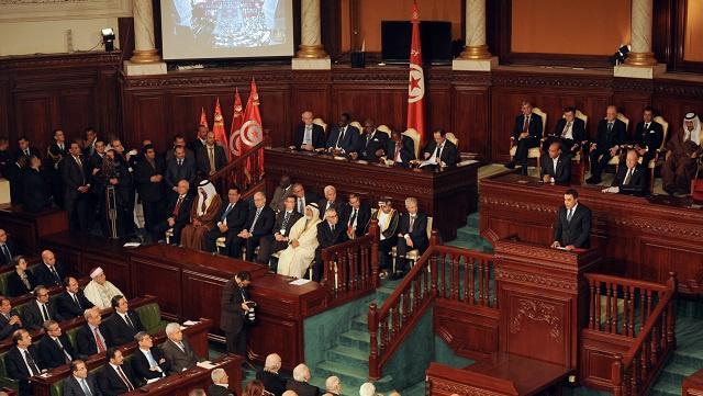 اتفاق على إجراء انتخابات برلمانية ثم رئاسية نهاية العام الجاري في تونس
