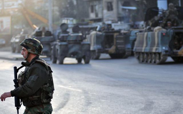 الجيش اللبناني يوقف 5 سوريين للاشتباه بارتباطهم بجماعات إرهابية