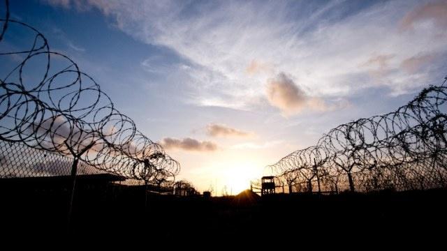 أغلبية الأمريكيين الساحقة تعارض إغلاق معتقل غوانتانامو