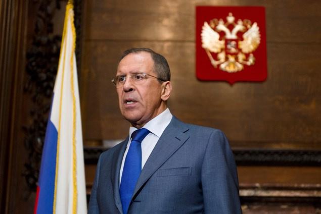 روسيا تطالب أوكرانيا بمعاقبة المسؤولين عن أعمال الشغب قرب سفارتها في كييف
