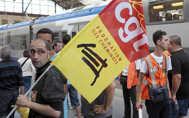تواصل إضرابات السكك الحديدية في فرنسا مقابل تشبث الحكومة بمشروعها الإصلاحي (فيديو)