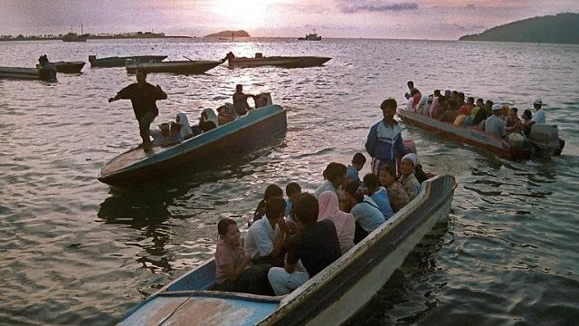66 مفقودا قبالة السواحل الماليزية إثر غرق مركب يحمل مهاجرين غير شرعيين