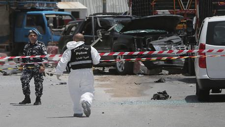 معاينة مكان التفجير الانتحاري