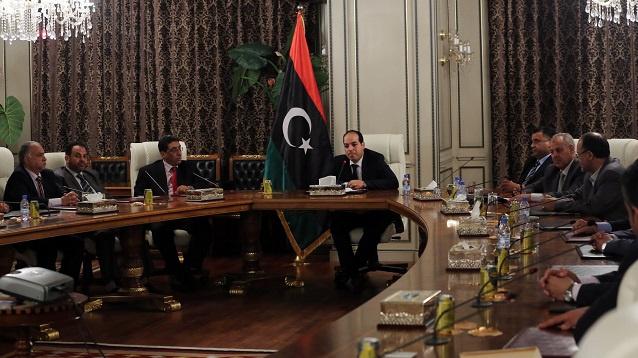 رئيس الوزراء الليبي الجديد يعقد أول اجتماعاته في مكتب رئاسة الوزراء