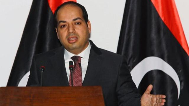 معيتيق: الحكومة حريصة على إخلاء طرابلس وبنغازي من المظاهر المسلحة