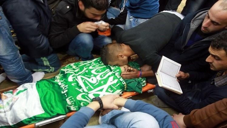 مقتل شاب فلسطيني بجنين وتواصل الغارات على غزة