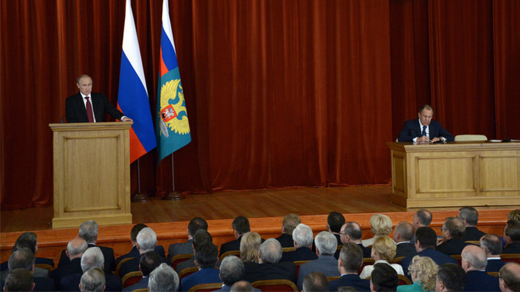 بوتين يصف موقف كييف من أزمة الغاز بالابتزاز