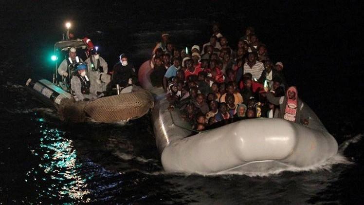 فقدان 75 شخصا على السواحل الإيطالية بعد غرق مركبهم المطاطي
