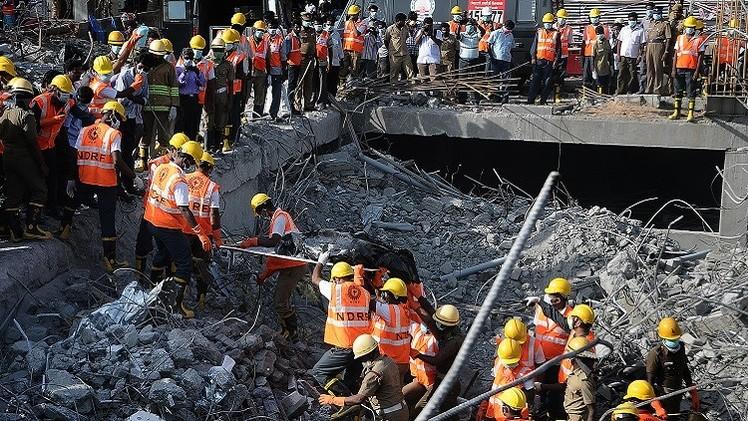 حصيلة انهيار مبنى جنوب الهند تتجاوز 60 قتيلا