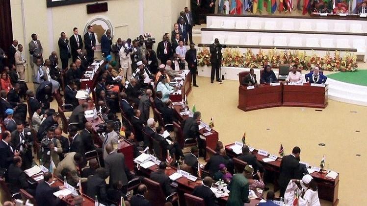 القادة الأفارقة يحصنون أنفسهم أثناء توليهم الحكم