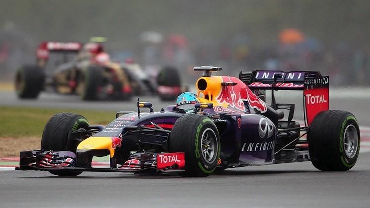 فيتل يتصدر الجولة الختامية للتجارب الحرة في جائزة بريطانيا للفورمولا – 1