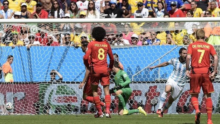 الأرجنتين تعبر إلى المربع الذهبي لمونديال 2014 على ظهر الحصان