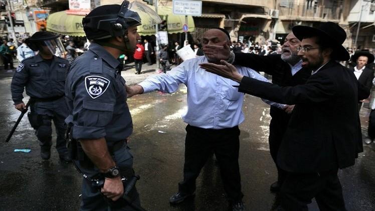 إسرائيل تعتقل 6 أشخاص لعلاقتهم بقتل الفتى أبو خضير