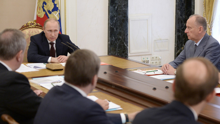 بوتين: حجم الطلب على الأسلحة الروسية يقارب 50 مليار دولار