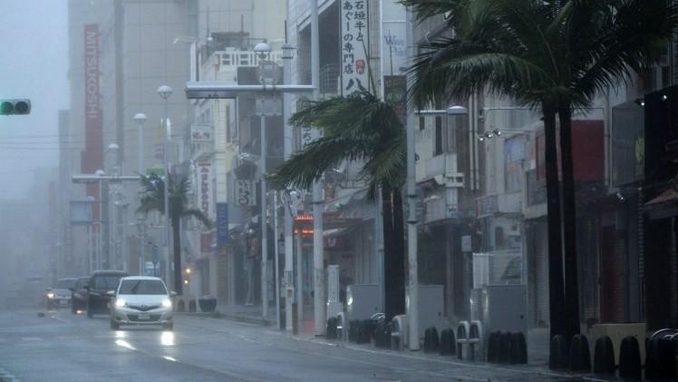 اليابان في مواجهة إعصار هو الأقوى منذ 10 سنين  (فيديو)