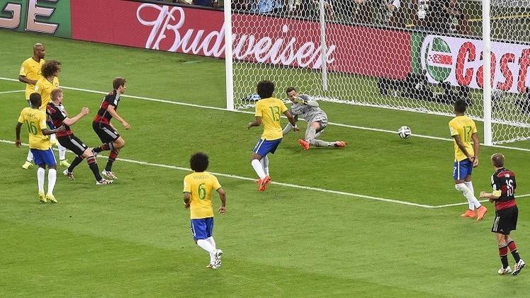 ألمانيا تصعق البرازيل بسباعية في عقر دارها وتبلغ نهائي مونديال 2014