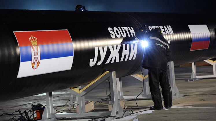 روسيا وصربيا توقعان عقدا لبناء جزء من السيل الجنوبي المار عبر صربيا
