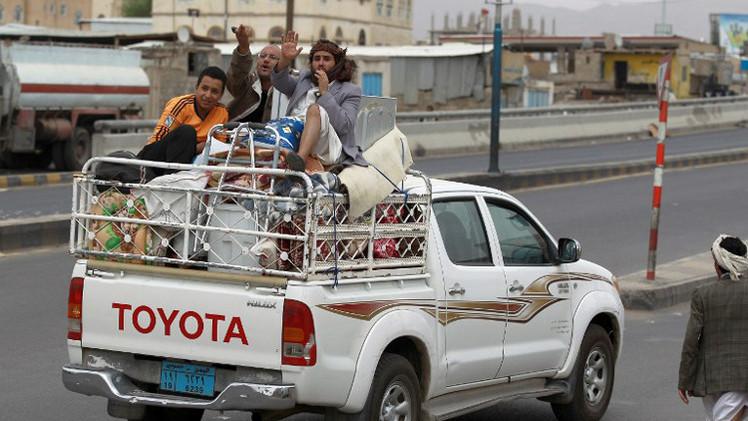 بعد سيطرة الحوثيين عليها.. نزوح أكثر من 35 ألفا من سكان محافظة عمران اليمنية