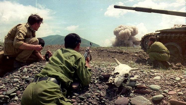 طاجيكستان وقرغيزيا تتبادلان الاتهام بشأن إطلاق النار على حدودهما