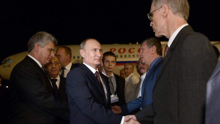 بوتين يصل كوبا في بداية جولته بأمريكا اللاتينية