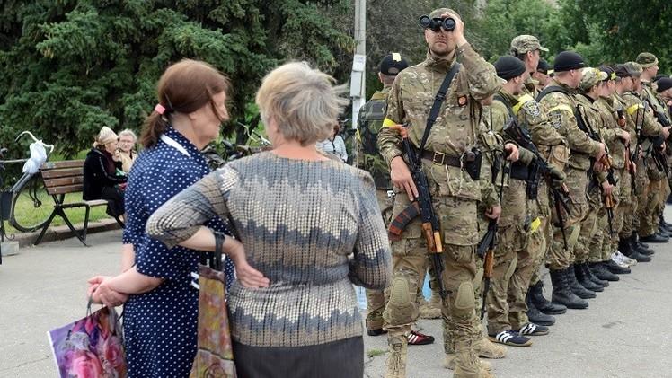 موسكو: سلطات كييف تراهن على الحرب لإخضاع أقاليم جنوب شرق البلاد